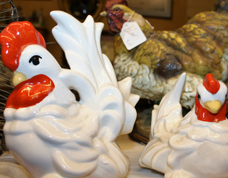Franklin_North_Carolina_Whistlestop_Depot_Ceramic_Chickens