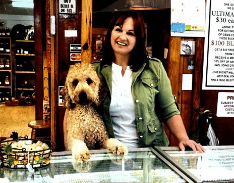 jane_and_doggie_jackson_hole_gem_mine_franklin_north_carolina