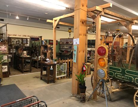 more_booths_franklin_north_carolina_rust_relics