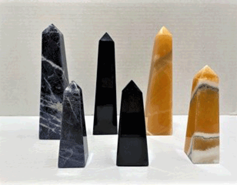 Obelisk_franklin_north_carolina_cowee_mtn_ruby_mine