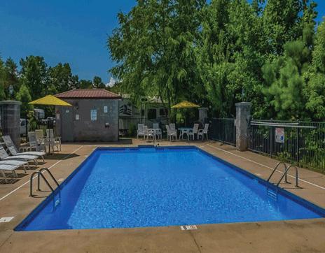 franklin_north_carolina_great_outdoors_rv_pool